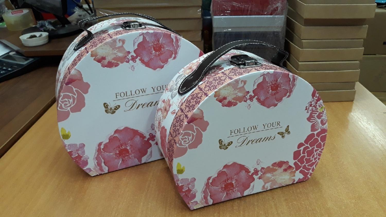 Коробка набор  чемоданов 2в1